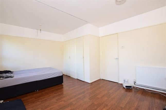Lounge/Bedroom of Crasswell Street, Portsmouth, Hampshire PO1