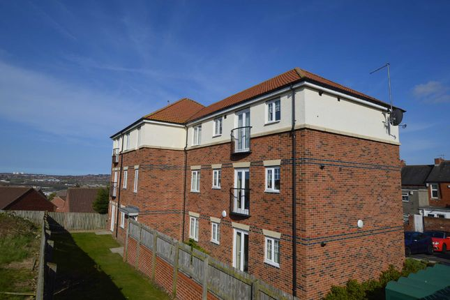 Thumbnail Flat to rent in Woodvale Road, Blaydon-On-Tyne