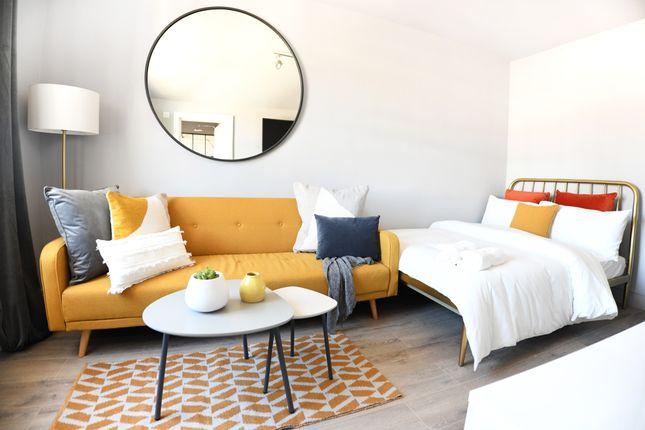 Studio to rent in Devonshire Terrace, London W2