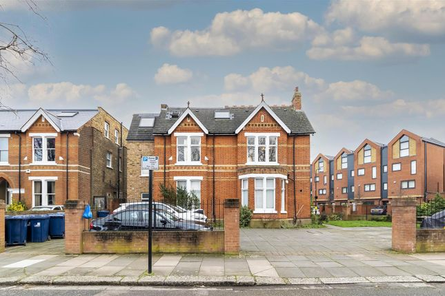 Thumbnail Flat for sale in Shaa Road, Acton, London