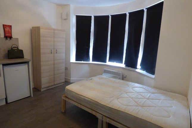 Thumbnail Property to rent in Nightingale Road, Carshalton
