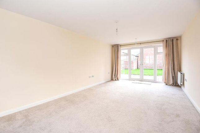 Living Room of Kingsmere, Bicester OX26