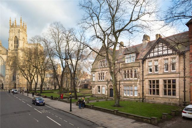 Thumbnail Flat for sale in Duncombe Place, York