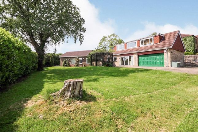4 bed bungalow for sale in Slade Hooton, Laughton, Sheffield, South Yorkshire S25