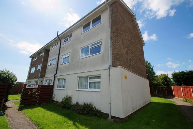 Thumbnail Flat to rent in Peregrine Close, Clacton-On-Sea