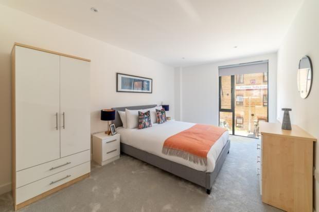 Bedroom One of Lurke Street, Bedford MK40