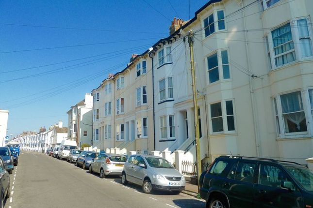 Thumbnail Maisonette to rent in Buckingham Close, Bath Street, Brighton