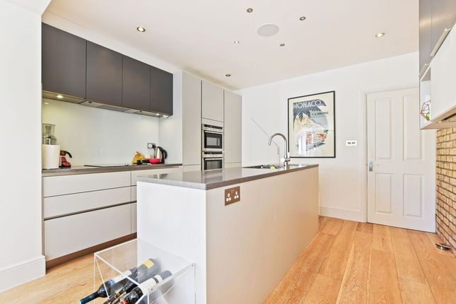 Thumbnail Cottage to rent in Brook Road, St Margarets, Twickenham