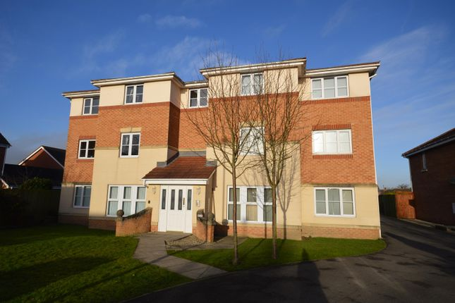 Thumbnail Flat for sale in Lincoln Way, North Wingfield, Chesterfield