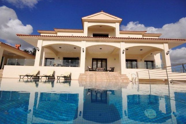 Thumbnail Villa for sale in Emba, Cyprus