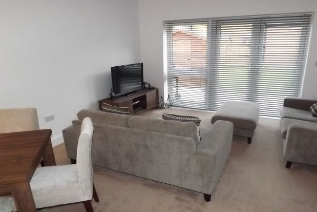 Thumbnail Property to rent in Oak Crest, Bawtry Road, Doncaster