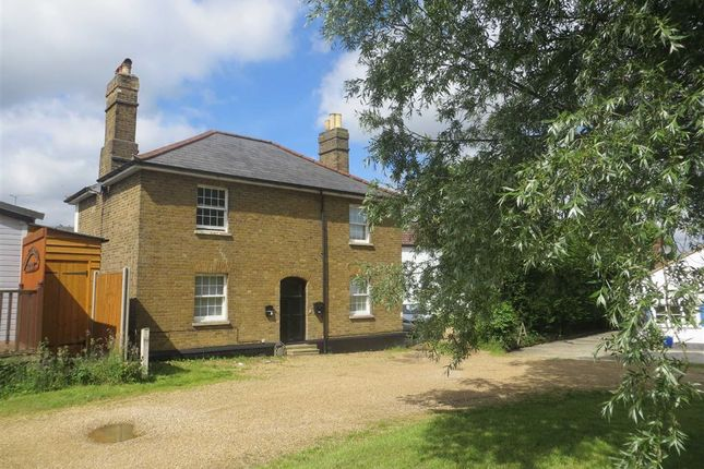 Thumbnail Semi-detached house to rent in Nazeing Common, Nazeing, Essex