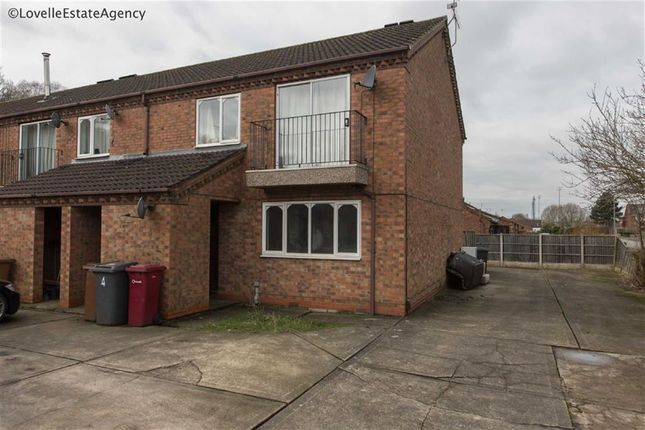 Thumbnail Flat for sale in The Fairways, Scunthorpe