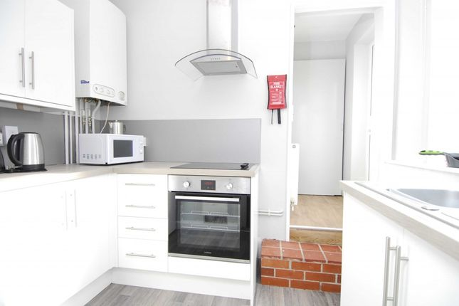 1 bed flat to rent in Houndiscombe Road, Mutley, Plymouth PL4
