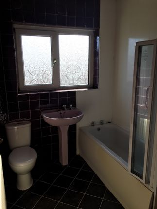 Thumbnail Semi-detached house to rent in Cheddar Avenue, Blackpool