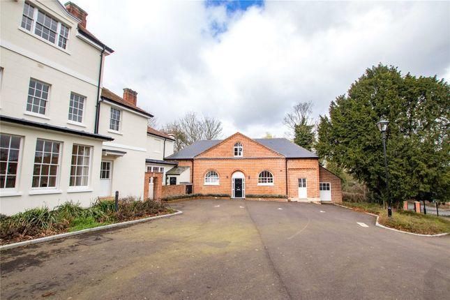 Thumbnail 1 bed maisonette for sale in Kingsmoor House, Paringdon Road, Harlow, Essex