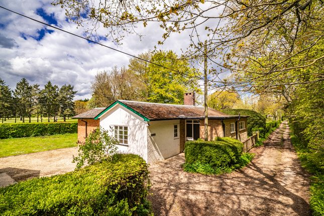 Thumbnail Detached house for sale in Long Close, Streatley On Thames