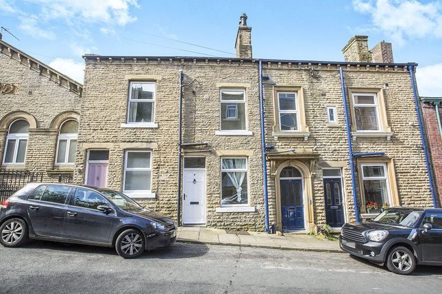 Thumbnail Terraced house for sale in Osborne Street, Hebden Bridge