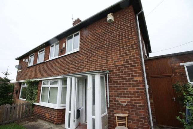Thumbnail Semi-detached house to rent in Gilling Walk, Middlesbrough
