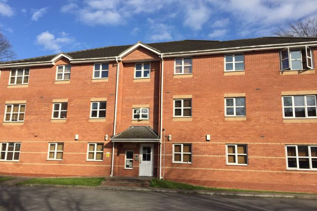 Flat to rent in Gressingham Grove, Coventry