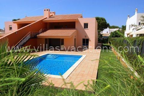 4 bed detached house for sale in Vilamoura, Algarve, Portugal