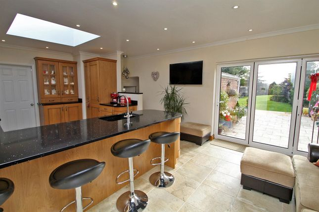 Thumbnail Detached bungalow for sale in Bridle Road, Burton Joyce, Nottingham