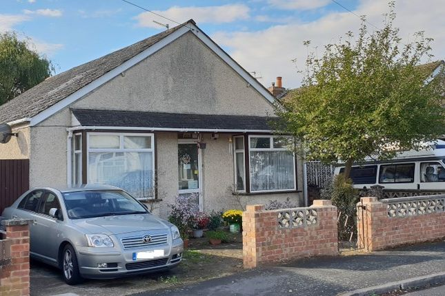 Thumbnail Detached bungalow for sale in Goring Road, Staines