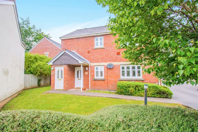 Thumbnail Flat for sale in Woodruff Way, Thornhill, Cardiff