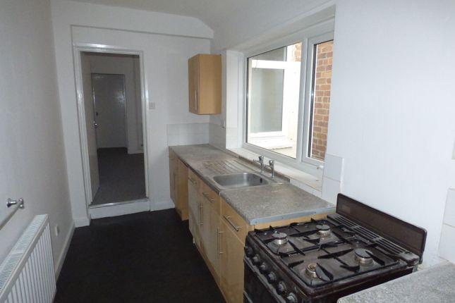 Thumbnail Terraced house to rent in Samuel Street, Packmoor