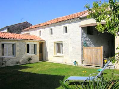 Property for sale in Sonnac, Charente-Maritime, France