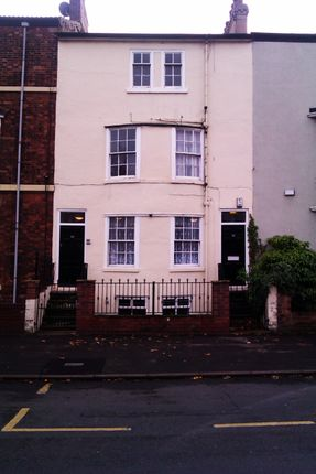 Thumbnail Shared accommodation to rent in 42 Bennetthorpe, Doncaster, South Yorkshire