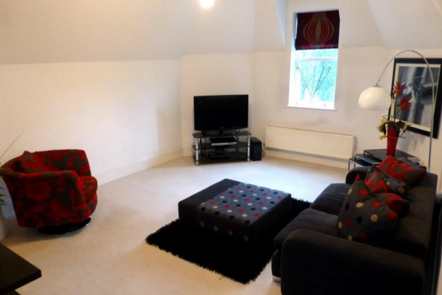 Thumbnail Terraced house to rent in Folly Wall, London, Greater London