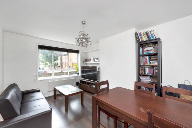 Thumbnail Flat to rent in Carlton Road, Chiswick, London