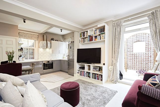 Thumbnail Flat for sale in Vera Road, Munster Village, Fulham, London