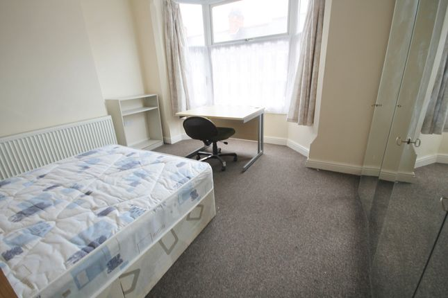Thumbnail Terraced house to rent in Wilberforce Road, West End, Leicester
