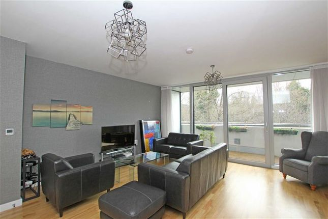 Thumbnail Flat to rent in Colonial Drive, Bollo Lane, London
