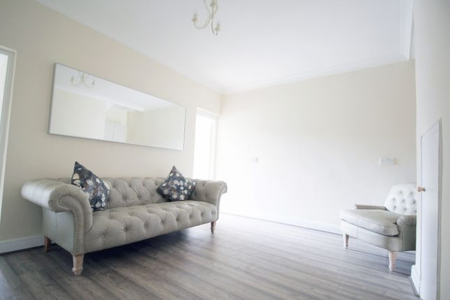 Thumbnail Terraced house to rent in Randolph Approach, London