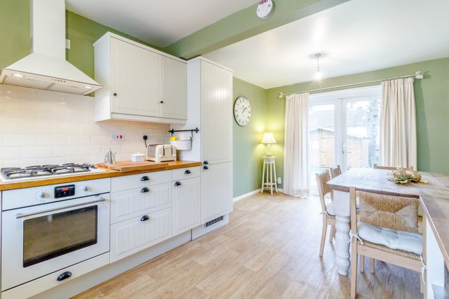 Thumbnail Semi-detached house to rent in Greenfrith Drive, Tonbridge