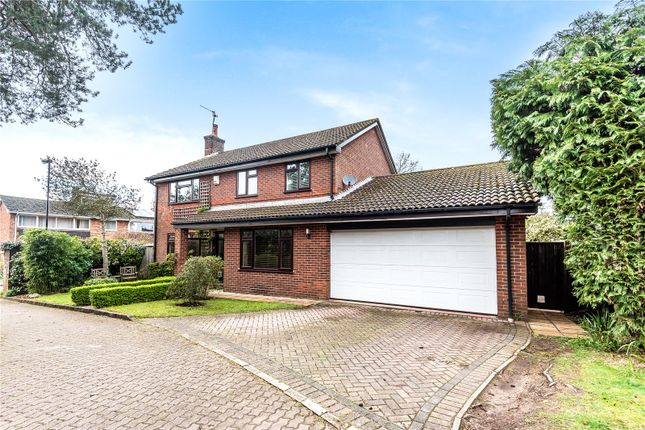 Thumbnail Detached house for sale in Vermont Close, Southampton, Hampshire