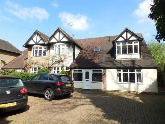 Thumbnail Semi-detached house to rent in Warren Road, Ickenham