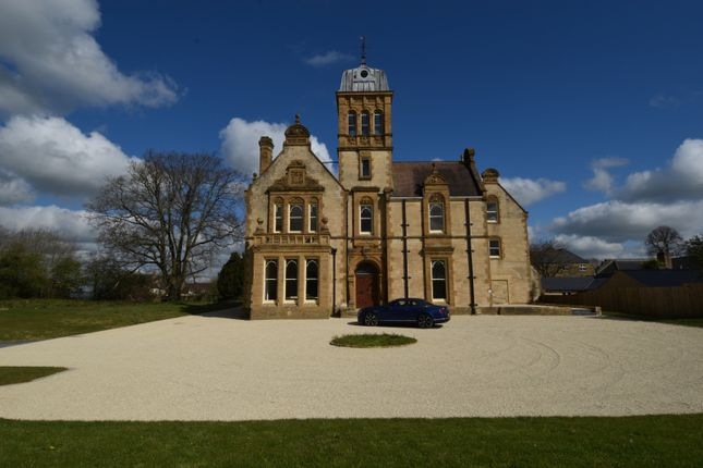 Thumbnail Country house for sale in Priorygate Court, Castle Cary, Somerset