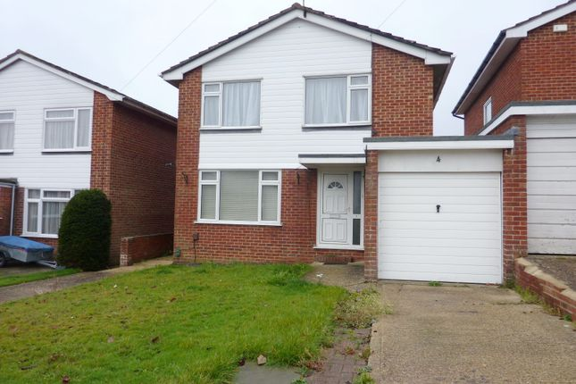 Thumbnail Property to rent in Colne Close, Worthing