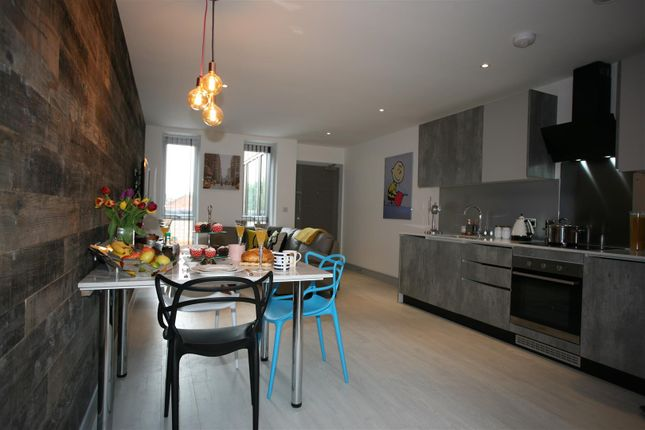 3 bed flat to rent in Elliott Apartments, 50 Selly Hill Road, Birmingham B29