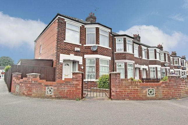3 bed end terrace house for sale in Meadowbank Road, Hull