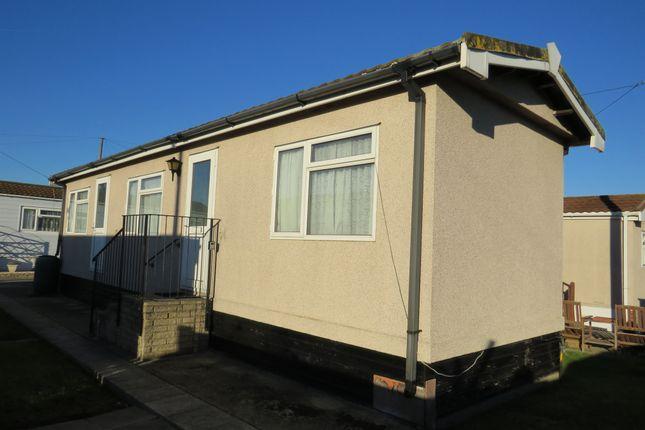 Thumbnail Mobile/park home for sale in Lower Dunton Road, Dunton, Brentwood