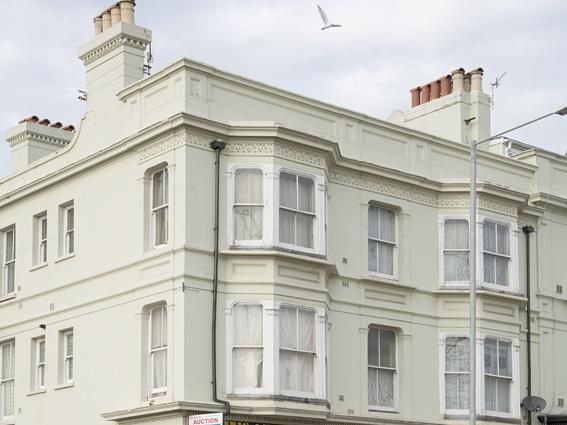 1 bed flat to rent in Lewes Road, Brighton BN2
