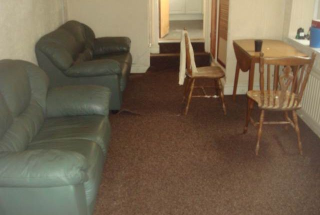 Thumbnail Property to rent in Gore Terrace, City Centre, Swansea