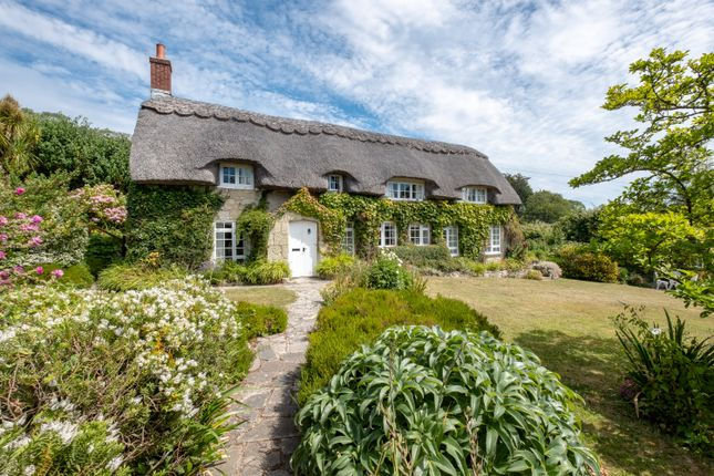 Thumbnail Cottage for sale in Seven Sisters Road, Ventnor