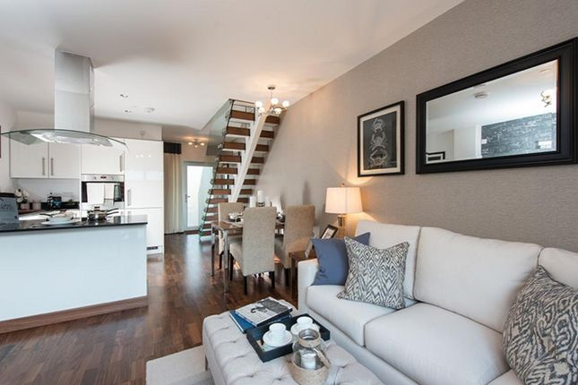 Thumbnail Flat for sale in Rustat Road, Cambridge