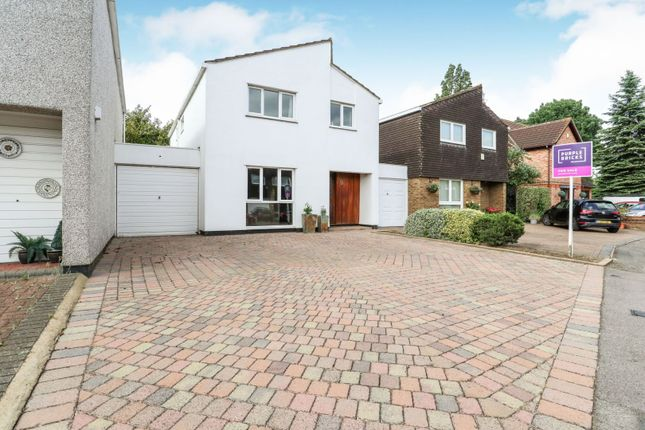 Thumbnail Link-detached house for sale in Mulberry Close, Gidea Park